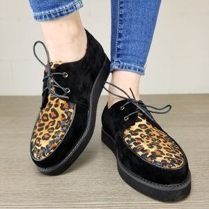 Shoes - Black & Leopard Creeper Sneaker with Black Sole -Q